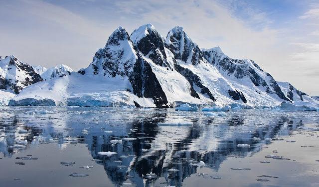Buz ve Su Renksizken ; Kar Neden Beyaz?